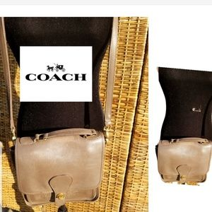 Amazing vintage Coach station bag